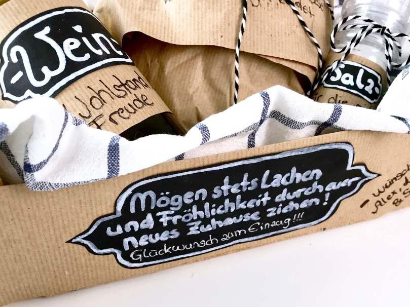 Brot Salz Und Wein Klassisches Geschenk Zum Einzug Neu