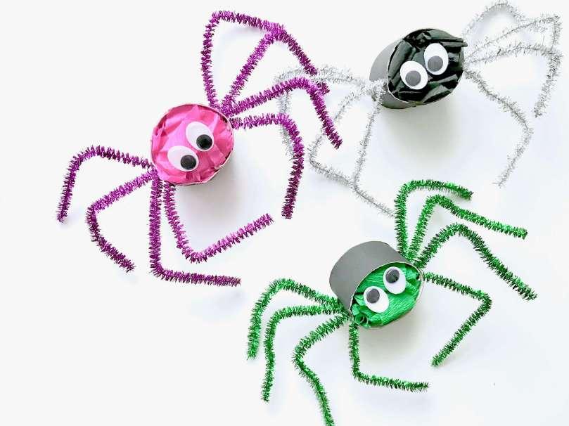 Lustige Spinnen aus Toilettenpapierrollen für Halloween basteln22